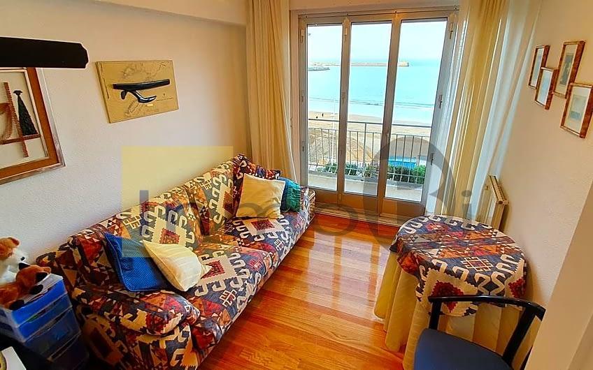 Exlusiva vivienda a pie de playa en Castro Urdiales (BOQ-6029)